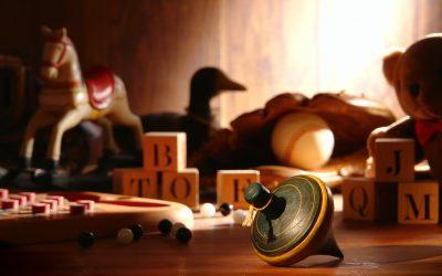 Na co zwracać uwagę podczas zakupu zabawek manipulacyjnych?